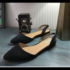 NWOT Black linen flats from Urban Outfitters